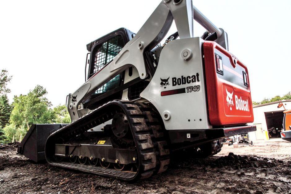 2019 Bobcat T740